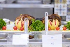Bufet z mięsem 1 i warzywami zdjęcia stock