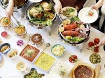 Bufeta świętowania przyjęcia Obiadowy Łomota Karmowy pojęcie obraz royalty free