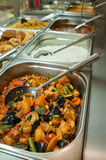 Bufete do almoço ou tabela indiana da restauração foto de stock