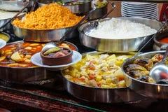 Buffélunch i turkisk restaurang Arkivfoto