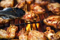 Buffalo wings cooked on grill Royalty Free Stock Photos