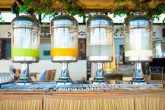 Buffet de rangée de boisson Image stock