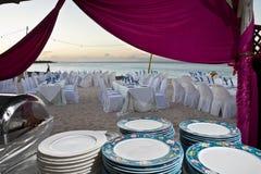 Buffet di ricevimento nuziale della spiaggia Immagine Stock