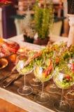 Buffet italien coloré et délicieux savoureux dans le restaurant Photographie stock libre de droits