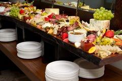 Buffet énorme de nourritures Photos libres de droits