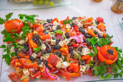 Buffet, Salate sind auf dem Tisch Lizenzfreies Stockbild