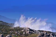 Bufones DE Pria in de kust dichtbij een klip in Asturias royalty-vrije stock foto's