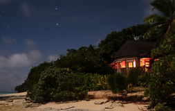 Bugalow por noche Imagen de archivo libre de regalías