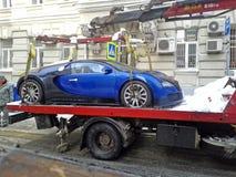Bugatti было эвакуировано в Москве Стоковая Фотография