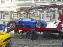 Bugatti было эвакуировано в Москве стоковое изображение rf