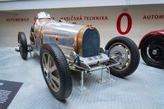 Bugatti-Art 51 Stände Premierrennwagens ab 1931 im nationalen technischen Museum Lizenzfreie Stockbilder