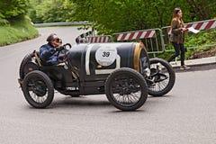 Bugatti T 13 samlar in Mille Miglia 2013 Royaltyfri Fotografi
