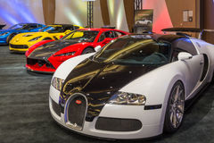 2015年Bugatti Veyron,猎鹰F7和Lingenfelter Z06轻武装快舰 库存照片