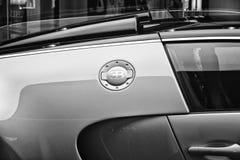 Bugatti Veyron EB 16的片段 4是一辆中间装有引擎的盛大游览车 图库摄影