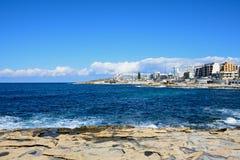 Bugibba linia brzegowa, Malta Zdjęcia Royalty Free