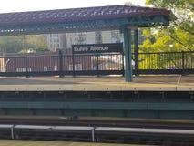 Buhre Allee u. x22; El& x22; Station im Bronx stockbild