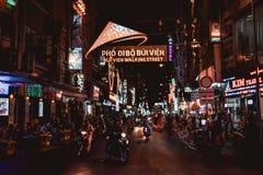 Bui Vien Walking Street em Saigon Ho Chi Minh City Vietnam fotos de stock royalty free