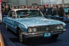 Buick Electra 1961 in een uitstekende toebehorenmarkt Stock Afbeelding