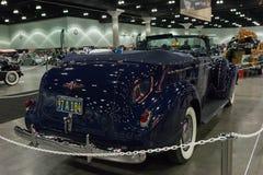 Buick Roadmaster敞篷车轿车 库存图片