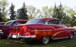 Buick rojo restaurado obra clásica ocho Foto de archivo libre de regalías