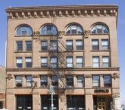 Buiildings i staden av Milwaukee, WI, en stads- inställning Arkivbild