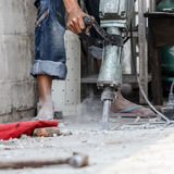 Builder worker with pneumatic hammer drill Royalty Free Stock Photos