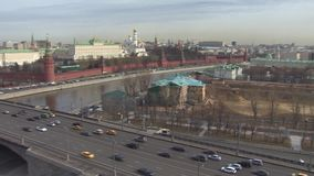 buildig wysoki Moscow panoramy widok Kremlin, Złoci kopuła kościół, Moskwa rzeka Panoramiczny up widok zbiory