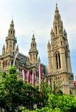 buildiing cityhall的塔,维也纳 免版税库存图片