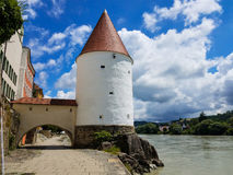 Building with arch and large spire on Danube Royalty Free Stock Photos