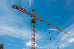 Building and crane Royalty Free Stock Images