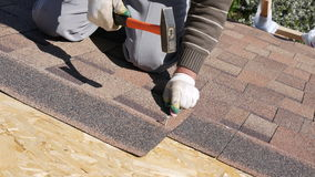 Free Building. Laying A Soft Roof. Royalty Free Stock Images - 92496389