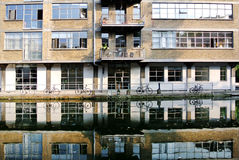 Building reflected in the canal Royalty Free Stock Images