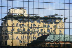 Free Building Reflection Royalty Free Stock Photography - 71913357