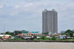 Building riverside Chao Phya Stock Photography