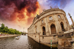 Buildings along Spree River in Berlin Stock Photos