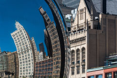 Buildings reflection in a Chicago Cloud Gate Bean Royalty Free Stock Photos