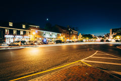 Buildings and traffic in downtown at night, in Annapolis, Maryla Royalty Free Stock Photos