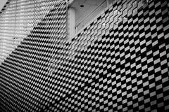 Buildung de modèle de Caro noir et blanc photos stock