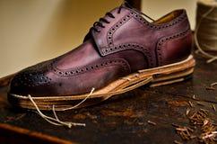 builing итальянские ботинки Стоковые Фотографии RF