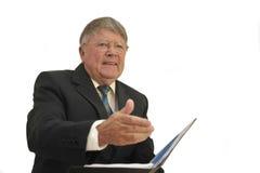 Buisinessman met uitgebreide hand voor handdruk Royalty-vrije Stock Foto's