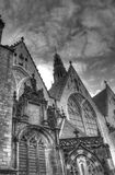 Buiten de kerk van Oude Kerk in Amsterdam Nederland HDR Stock Afbeelding