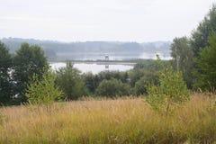 Buiten de stad - landelijk landschap Royalty-vrije Stock Fotografie