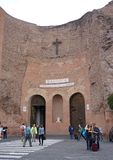 Buiten mening de Basiliek van St Mary van de Engelen en de Martelaren in Rome stock fotografie