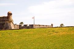 Buiten muur van historisch fort Royalty-vrije Stock Afbeeldingen