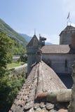 Buitenbeschermingsmuur van Chillon-Kasteel, Zwitserland Royalty-vrije Stock Foto