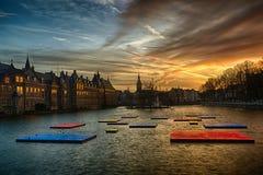 Buitenhof, Huizen van het Nederlandse Parlement in Den Haag Stock Afbeelding
