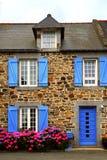 Buitenhuis in Bretagne, Fra stock afbeelding