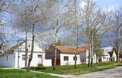 Buitenhuizen in de lente Stock Afbeelding