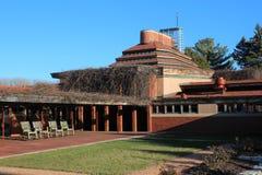 Buitenkant, Frank Lloyd Wright Building Wingspread, Racine Wisconsin royalty-vrije stock foto