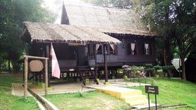 Buitenkant van antiek Etnisch Maleisisch Selangor-huis stock afbeeldingen